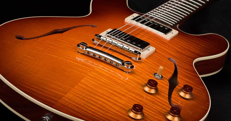 Aprenda formas simples de limpar baixos e guitarras.